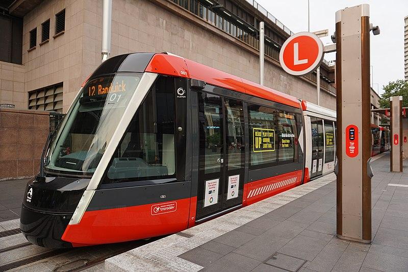 800px Sydney Light Rail1