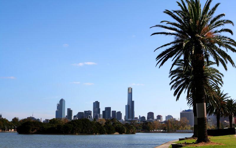 Albert Lake Park Melbourne Walk