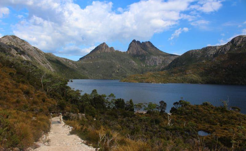 Cradle Mountain Dove Lake Tasmania day tour