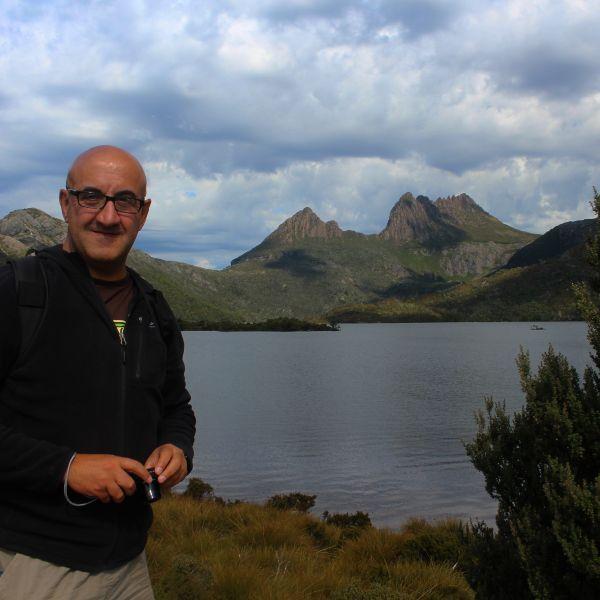 Dove Lake walk Tasmania Cradle Mountain National Park