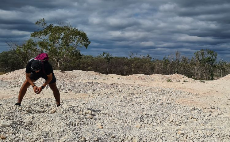 Fossicking at the Opal dumps in Grawin