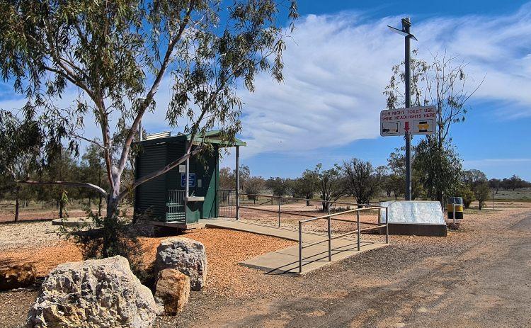 The rest stop outside Lightning Ridge