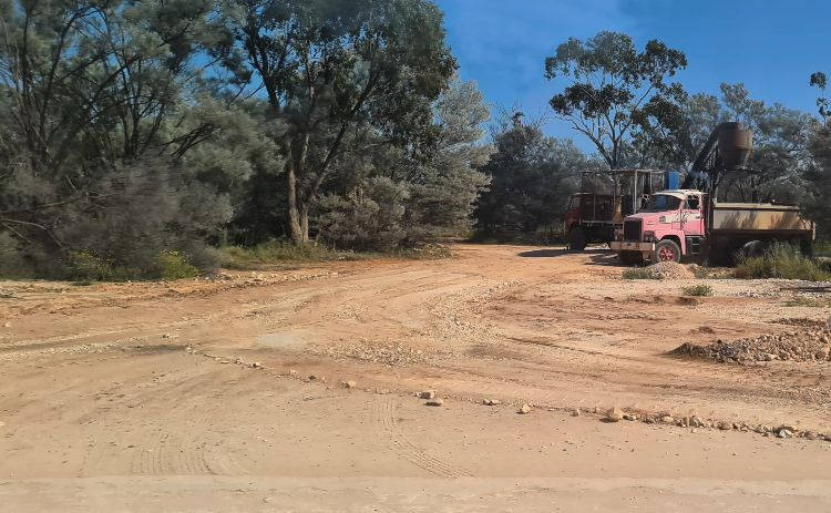 A road just outside town in Lightning Ridge