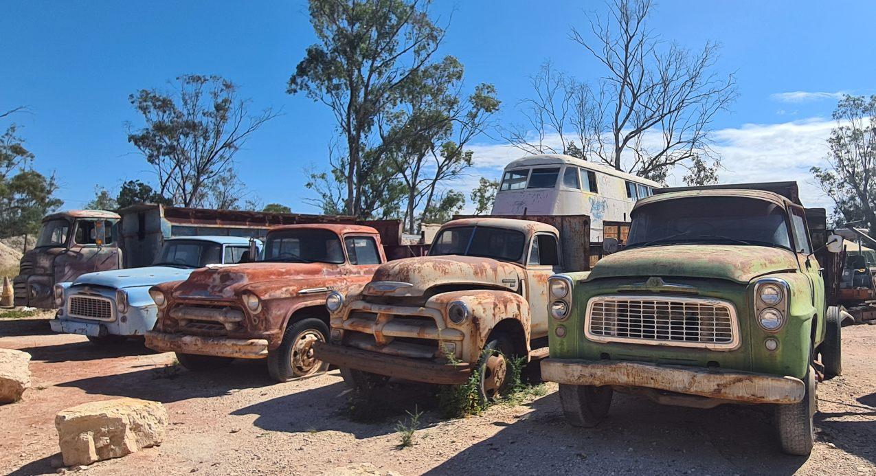 Old trucks at Grawin Lightning Ridge