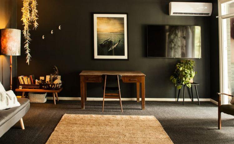 Art Deco Airbnb apartment in port macquarie