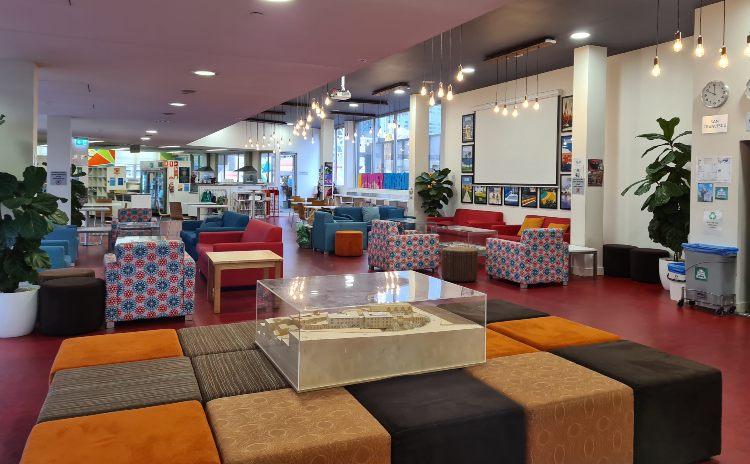Sydney Harbour YHA Lounge