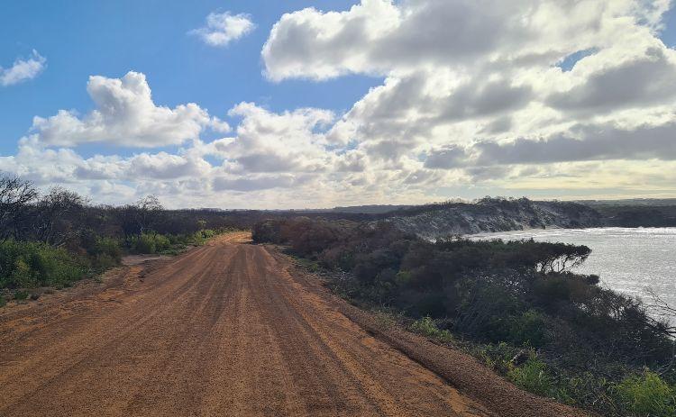 Kangaroo Island Roads at Vivvone Bay