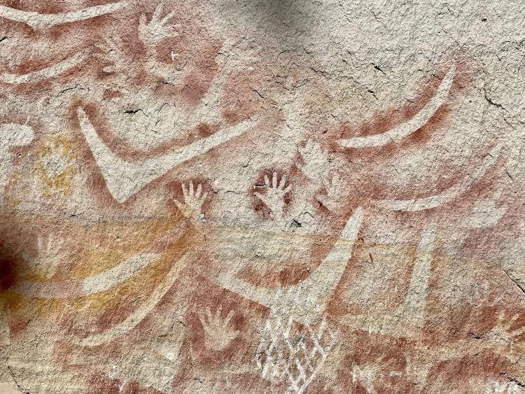 aboriginal stencil art Queensland