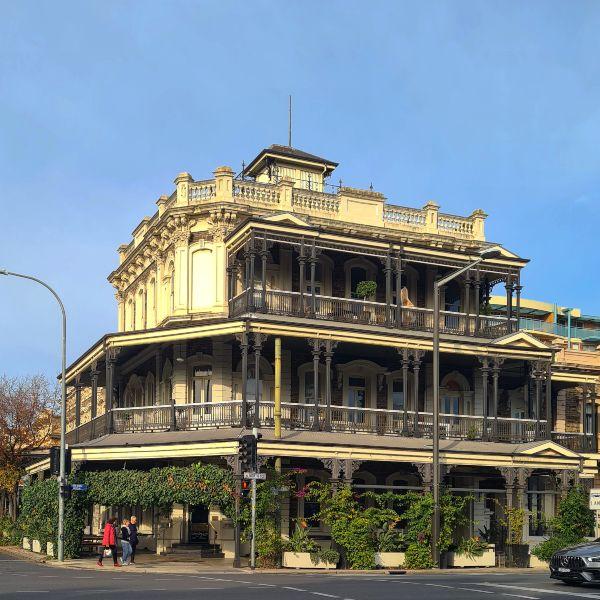 Botanic Hotel in Adelaide